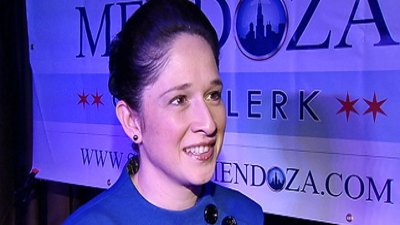Mendoza Will Continue Withholding Lawmakers' Pay: Report