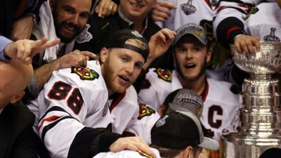 Kane, Toews Talk Contract in Interview