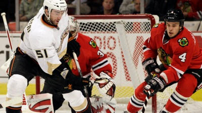 Blackhawks Beat Ducks for 4th Straight Win