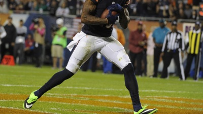 Marshall Wears Green Shoes Despite NFL Fine Threat