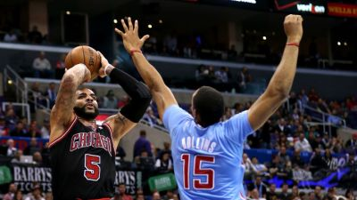 Clippers Rout Bulls 121-82