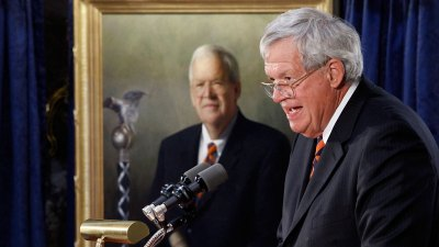 Hastert Closes PAC, Moves $10,000 to Defense Fund
