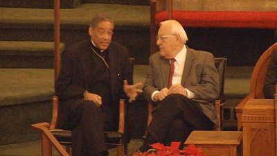 Ex-Gov. Ryan Attends Service for Mandela