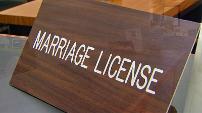 2nd Ill. County Starts Offering Gay Marriage Licenses