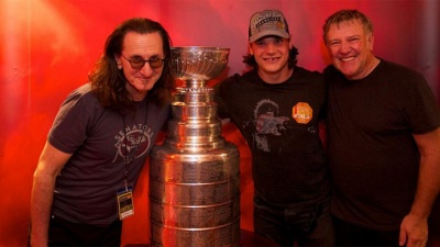 Stanley Cup Makes The Weekend Rounds