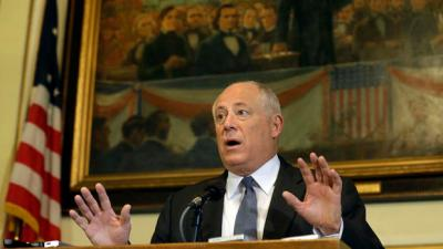 Quinn Rejects Pitch to Hire Patronage Watchdog; Rauner Calls Him a 'Bumbling Fool'