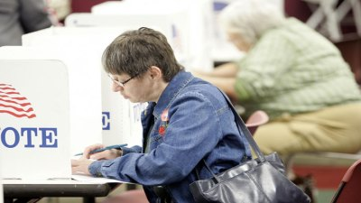 Early Voters Set Record in Cook County