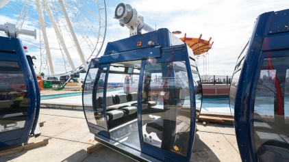 Power Outage Strands Riders on New Ferris Wheel