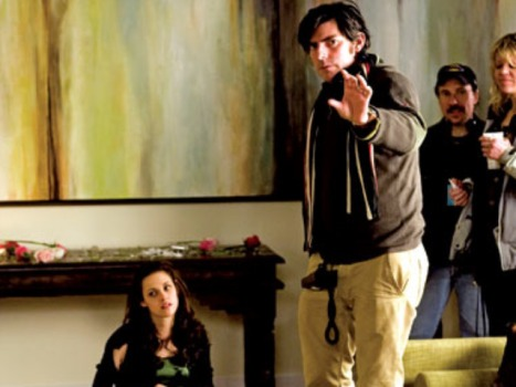 """New Moon"" Director Likes Gus Van Sant To Helm ""Breaking Dawn"""