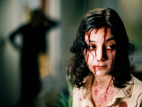 """Let the Right One In"" Remake Promises to Be ""Darker"" Than ""Twilight"""