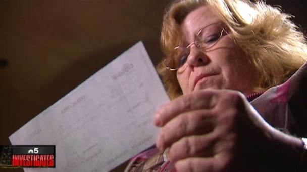 Chicago Ridge Woman Snared in Auto-Wrap Ad Scheme