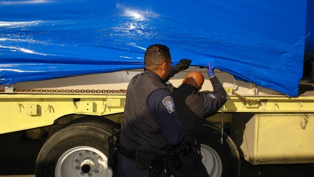 [DGO] Smuggling Attempt Fails at U.S.-Mexico Border