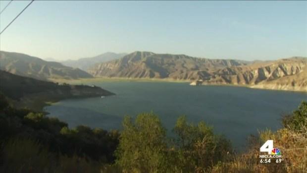 [LA] Boat Capsizes at SoCal Lake, Leaves 15 Injured