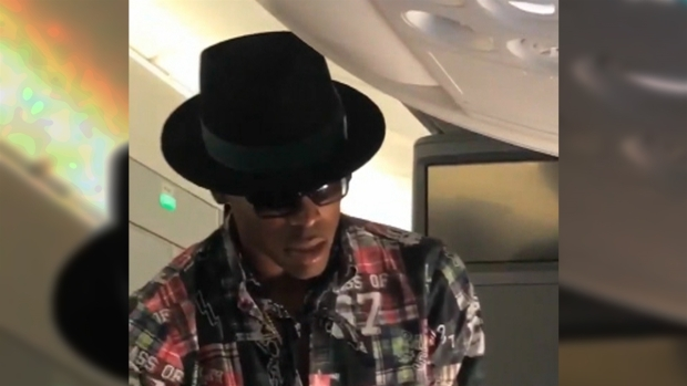 [NATL-AH] Stopped Short! NFL Star Cam Newton Denied After Offering $1500 For Airline Seat