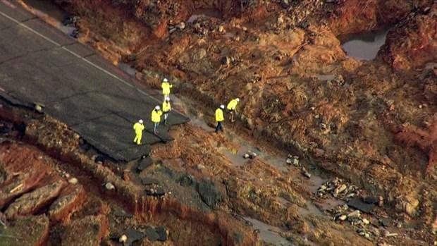[NATL-BAY] RAW: Oroville Dam's Emergency Spillway Battered, Bruised