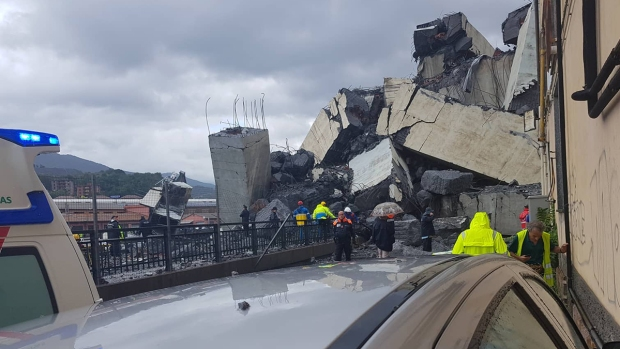 [NATL] Bridge Collapses Over Italian City, Killing More Than 20