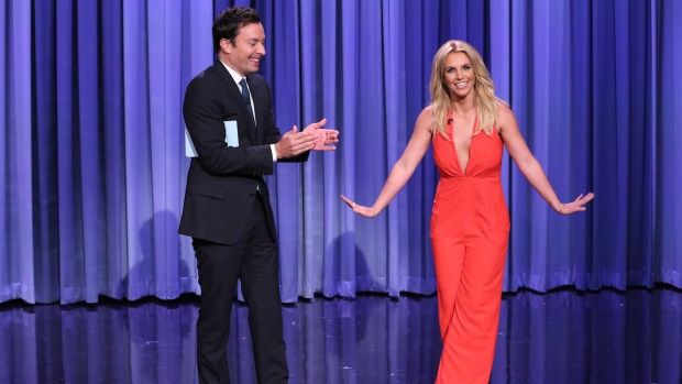[NATL] Fallon Weighs Pros and Cons: Dating Britney Spears