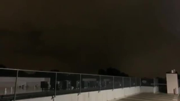 Tornado Video From Oak Lawn