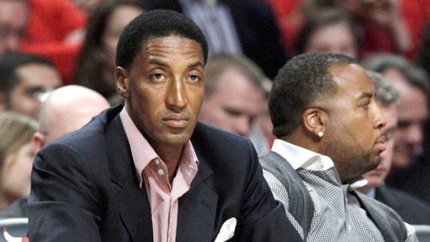 Scottie Pippen Hoops It Up with Obama