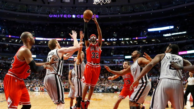 Short-Handed Spurs Beat Bulls