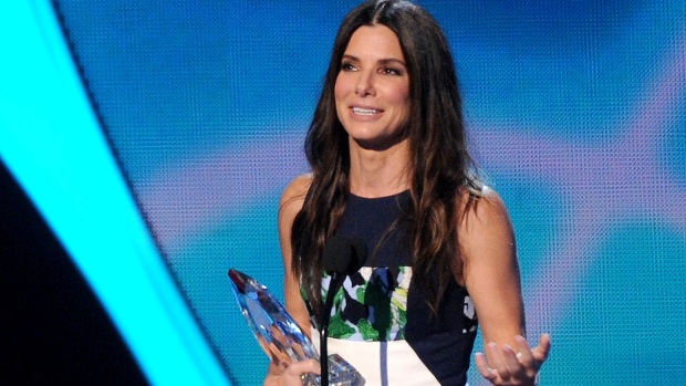 [NATL] Stars Shine at 2014 People's Choice Awards