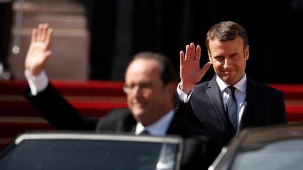 Mixture of old and new faces in Macron's first government