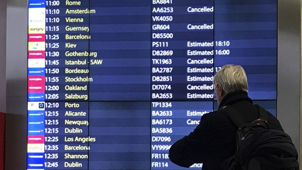 [CHI] Weather Could Snarl Holiday Travel
