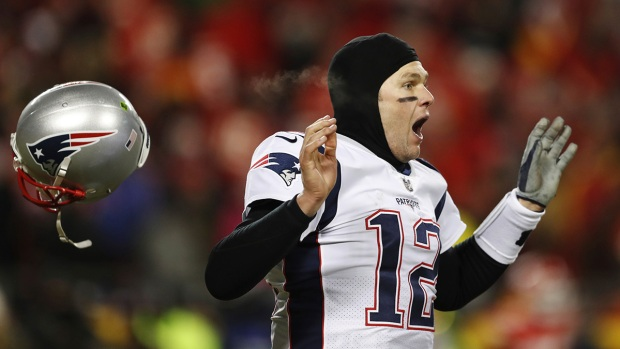Top Sports: Patriots, Rams Advance to Super Bowl