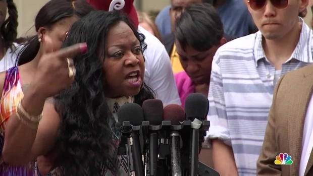 [NATL] Philando Castile's Mother: 'We're Going Back Down to 1969'