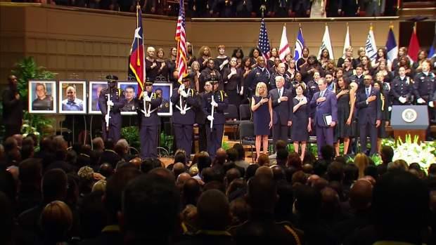 'The Star Spangled Banner' Performance