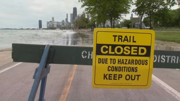 [CHI] Part of Lakefront Trail Closed Due to Flood Advisory: OEMC