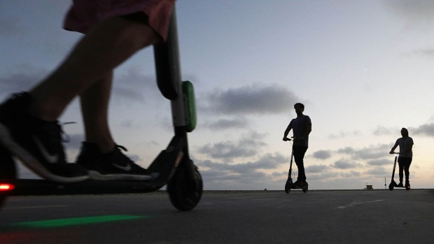 [CHI] Scooters Come With Benefits, Risks to Chicago