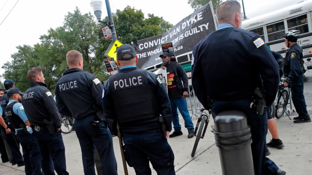 Demonstrators March on Michigan Avenue After Van Dyke Verdict