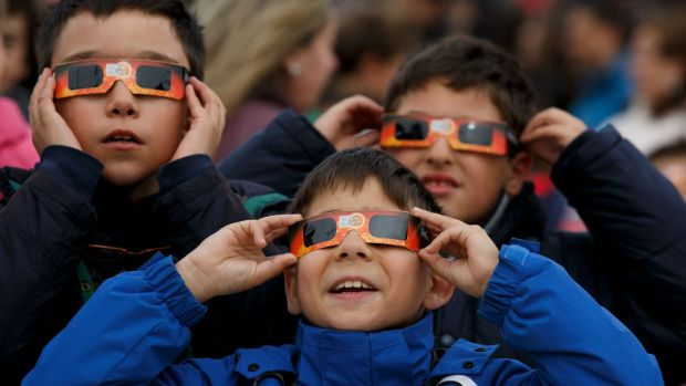 Take precautions when viewing Monday's solar eclipse