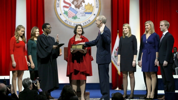 Rauner Takes Oath of Office