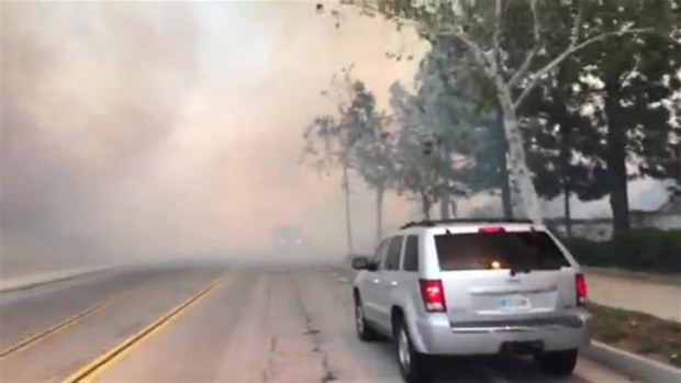 [LA] Wind Fans Plume of Smoke Near Rancho Cucamonga
