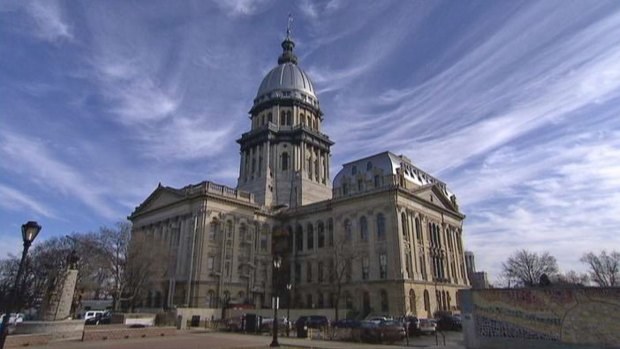 [CHI] Illinois High Court Overturns Pension Law