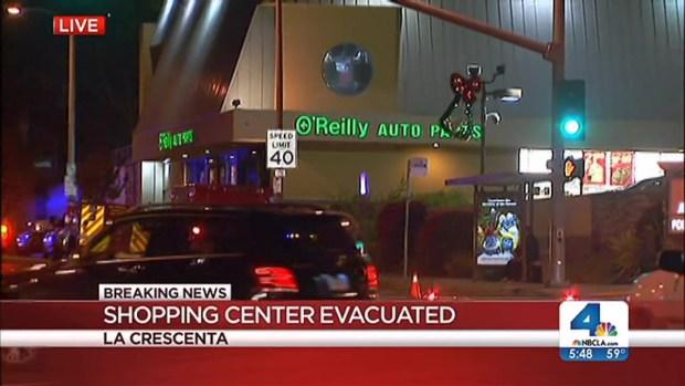 [LA] Man With Gun Barricades Self Inside Store