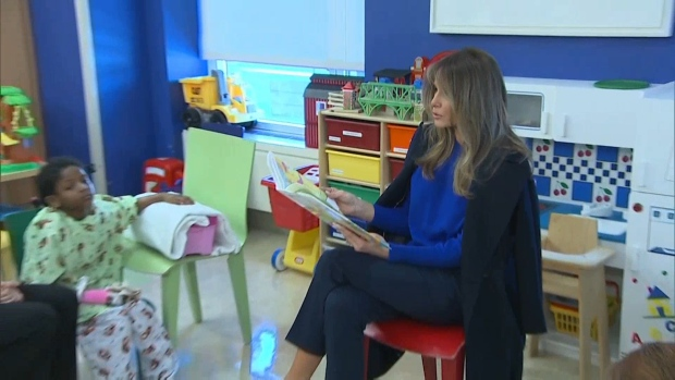 [NATL] First Lady Reads to Kids at New York Hospital
