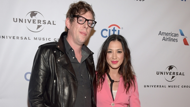 [NATL] Celebrity Hookups: Patrick Carney, Michelle Branch Tie the Knot