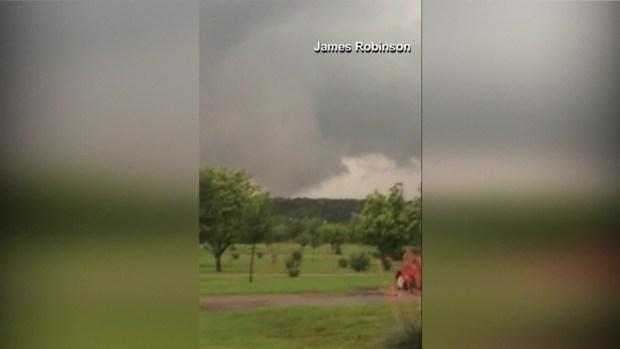 [NATL-DFW] RAW: Smartphone Footage of Tornado in Mineral Wells