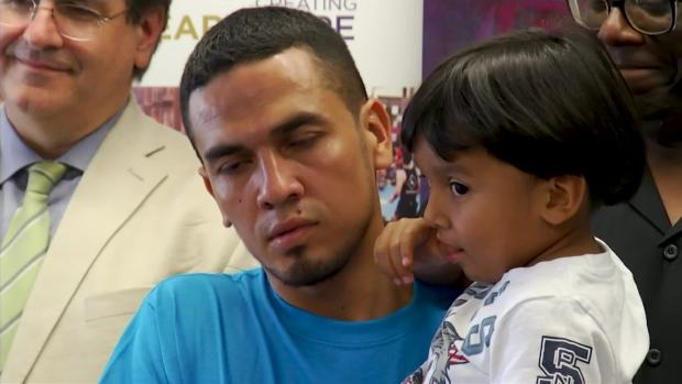 [NATL] Immigrant Dads Reunited With Young Sons