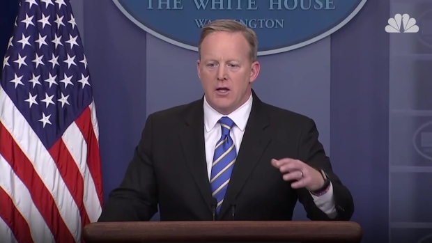 [NATL] Spicer: WH May Investigate Illegal Voter Fraud Claims