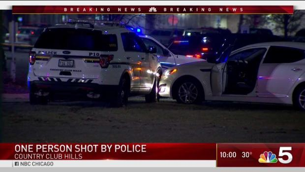 [CHI] Suspect Shot, Officer Injured After Suburban Robbery: Cops