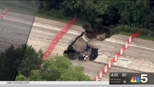 [CHI] Crews Rush to Fix Gurnee Sinkhole