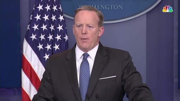 [NATL] Spicer Blames Dems as Senate Remains Split over Gorsuch's Nomination