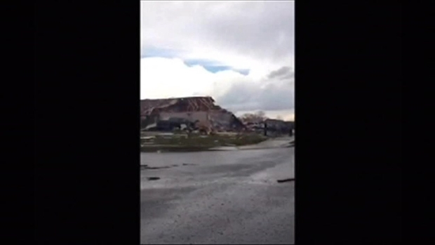 [NATL- CHI VIDEO] Severe Weather Damages Illinois