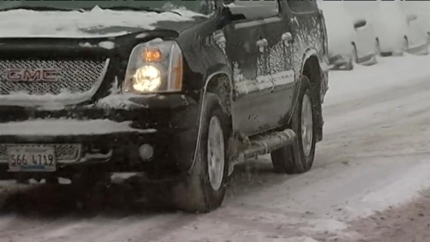 [CHI] Chicago Digs Out of Snow
