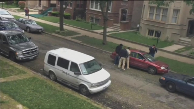[CHI] Alleged Illegal Strip Search Caught On Video