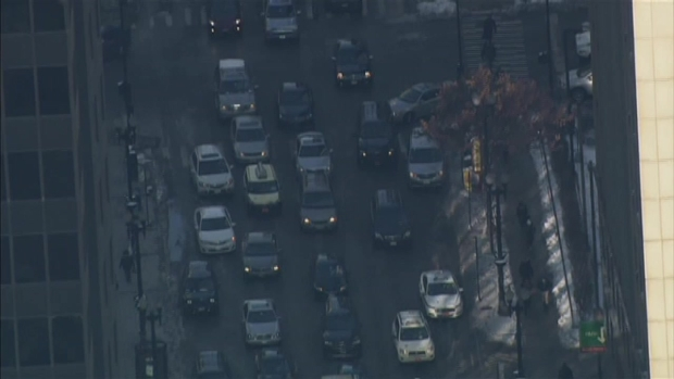 [CHI] Sky 5: Falling Ice Closes Loop Street